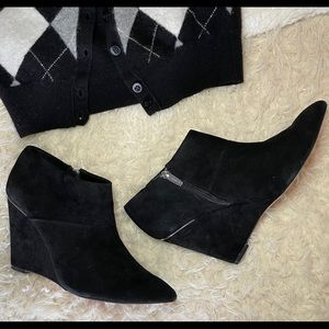 Coach - Black Suede Leather Wedges